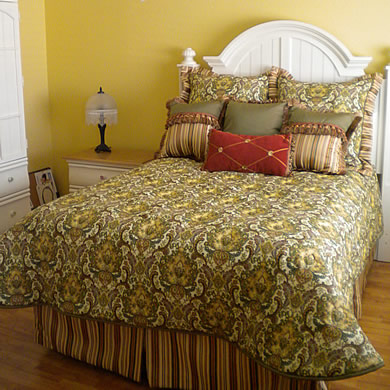 custom-bedding